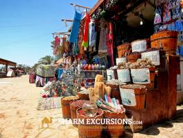 Shopping for spices in Dahab on Sharm Excursions Tour