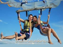 Couple Paragliding Sharm
